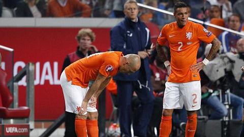 Vòng loại Euro 2016: Hà Lan thua sốc, Italia thắng nhọc, Bale tỏa sáng giúp xứ Wales giành 3 điểm