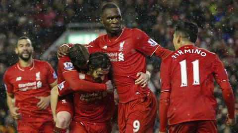 Liverpool và Arsenal chia điểm trong trận cầu nhiều bàn thắng