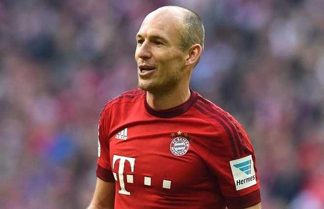 M.U gây bất ngờ, muốn mua Arjen Robben