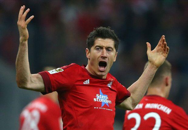 Sang M.U, Lewandowski bỏ túi 11 triệu bảng/năm